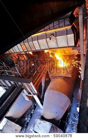 Transporting Molten Steel