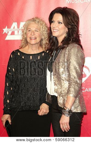 LOS ANGELES - JAN 24: Carole King, Martina McBride at the 2014 MusiCares Person Of The Year event at the Convention Center on January 24, 2014 in Los Angeles, CA