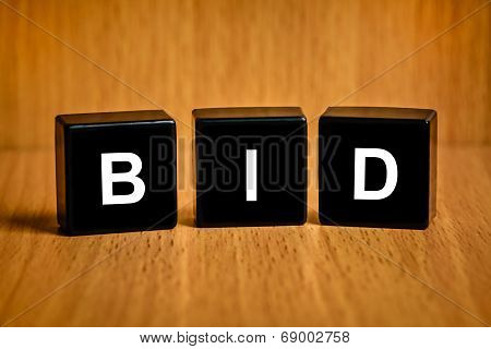 Bid Word On Black Block