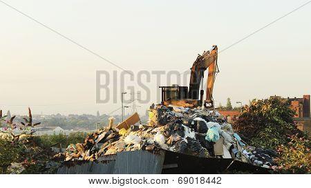 Junk Yard Digger