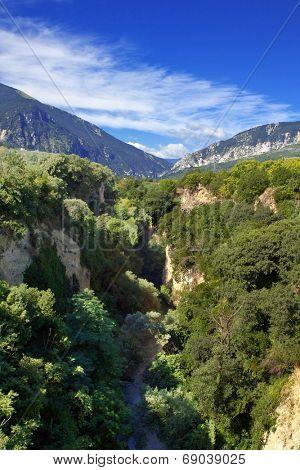 Pescara river gorge, Abruzzo region, Italy
