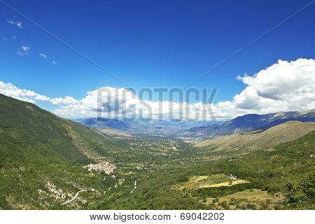 Valle Peligna (Peligna valley) is a Plateau located in Abruzzo region, Italy. It is otherwise known as Conca di Sulmona.