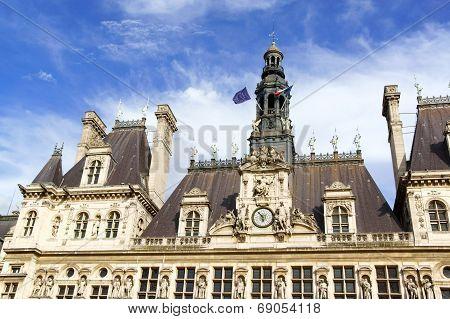 Hotel De Ville De Paris (city Hall) In Summer