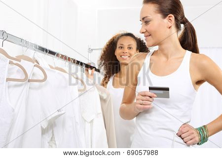 Woman on purchases paid by credit card.