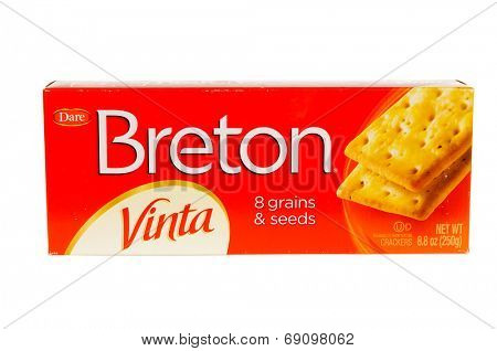 Hayward, CA - July 24, 2014: 8.8 oz package of Dare brand Breton Vinta, 8 grains & seeds crackers