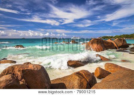 amazing granit rocky beaches of Seychelles, Praslin island