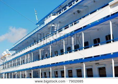 Deck Of Liner
