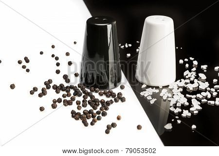Salt And Pepper Shakers, Black Pepper And Salt Crystals