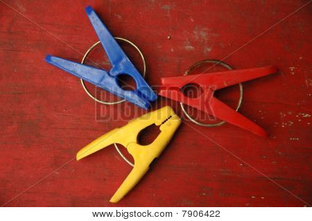 cloth pegs