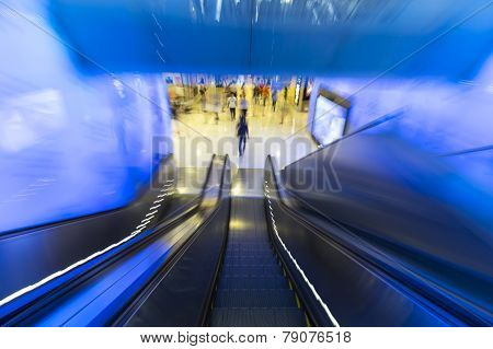 Motion Down Of Escalator In Department Store
