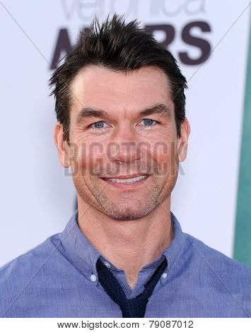 LOS ANGELES - MAR 12:  Jerry O'Connell arrives to the