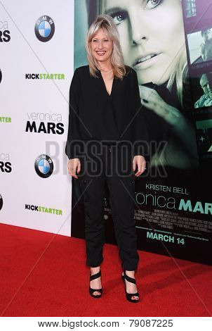 LOS ANGELES - MAR 12:  Joey Lauren Adams arrives to the