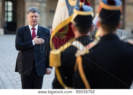 Petro Poroshenko In France