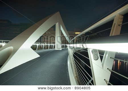 Squiggly Bridge In Glasgow