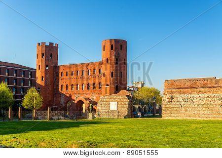 Porta Palatina, A Roman Gate In Turin - Italy