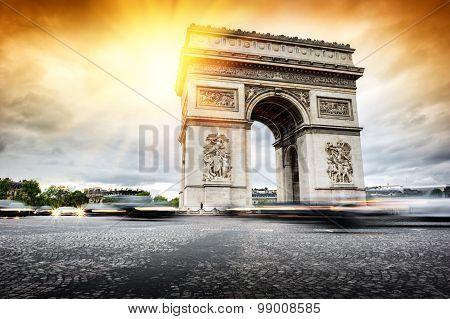 Beautiful Sunset Over Arc De Triomphe, Paris