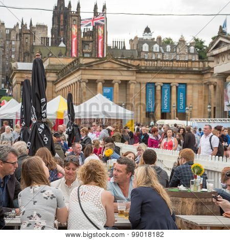 EDINBURGH - AUGUST 15: Crowds enjoy the annual Edinburgh fringe festival, on August15, 2015 in Edinburgh, Scotland