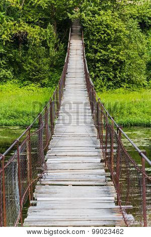 Hanging bridge, goes over river