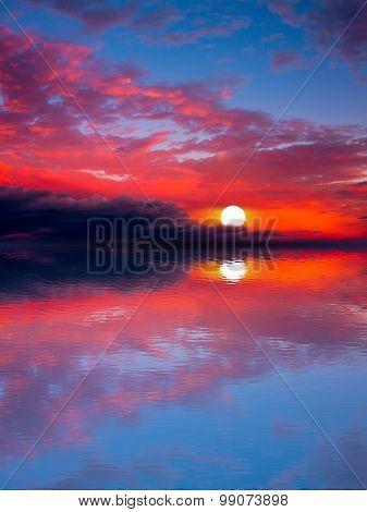 Sea sunset Sun.