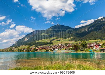Small Town Lungern In Swiss Alps