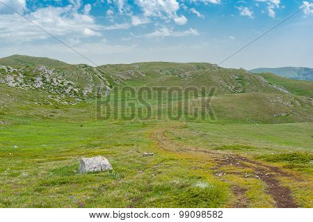 Place for hiking on a Chatyr-Dah mountainous massif in Crimea