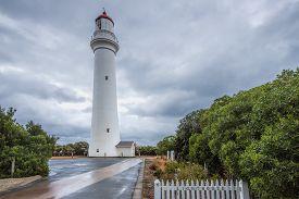 pic of inlet  - Split Point Lighthouse - JPG