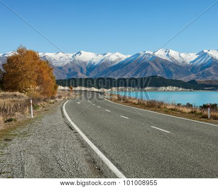 Road in the sunny  autumn day. Fairlie-Tekapo Road, Canterbury, New Zealand