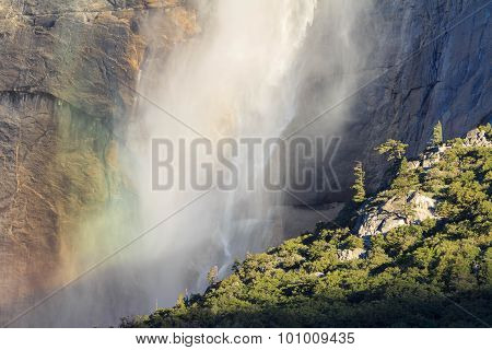 Upper Yosemite Fall, Yosemite National Park, California, Usa