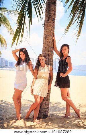 Three Brunette Slim Girls Barefoot Stand On Beach