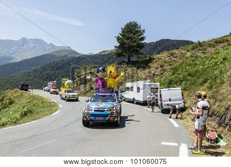 Haribo Caravan In Pyrenees Mountains - Tour De France 2015