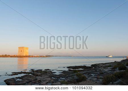 Torre Chianca con Barca