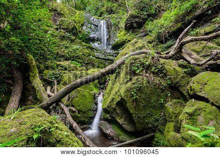 Sai Tip Waterfall