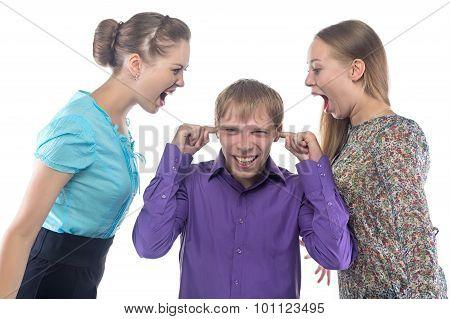 Screaming women and man
