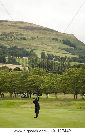 GLENEAGLES SCOTLAND, 28 AUGUST 2009. Simon Wakefield (GBR) competing in the second round of the European Tour Johnnie Walker Championship.