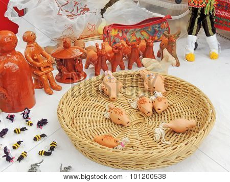 Handicraft Folk Knick-knacks