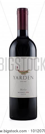 Red wine Yarden Merlot 2010