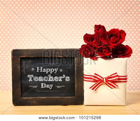 Happy Teachers Day Message With Gift Box And Red Roses