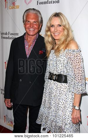 LOS ANGELES - SEP 9:  George Hamilton, Alana Stewart at the Farrah Fawcett Foundation Fiesta at the Wallis Annenberg Center on September 9, 2015 in Beverly Hills, CA
