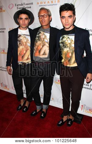 LOS ANGELES - SEP 9:  Tim Quinn, Jesus Estrada, Antonio Estrada at the Farrah Fawcett Foundation Fiesta at the Wallis Annenberg Center on September 9, 2015 in Beverly Hills, CA