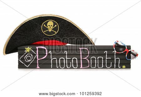 Photobooth Sign With Pirate Hat And Sunglasses