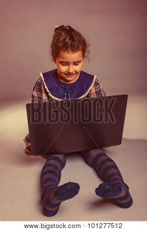 Girl Child Teen 7 years, of European appearance brunette looking