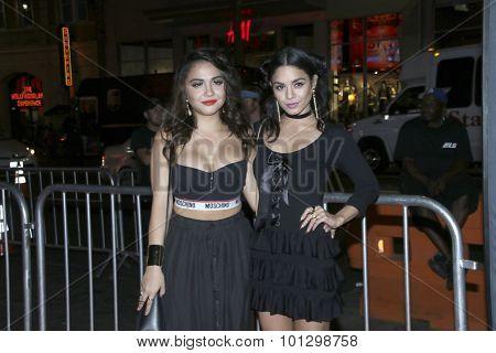 LOS ANGELES - SEP 8:  Stella Hudgens, Vanessa Hudgens at the