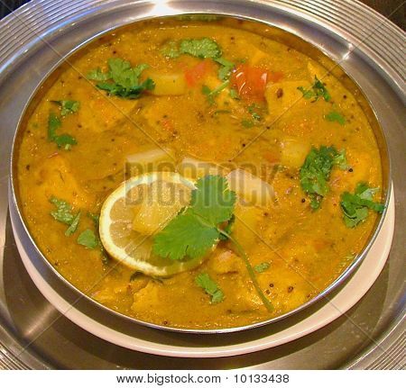 indian curry chicken pineapple lentil sauce gravy coriander