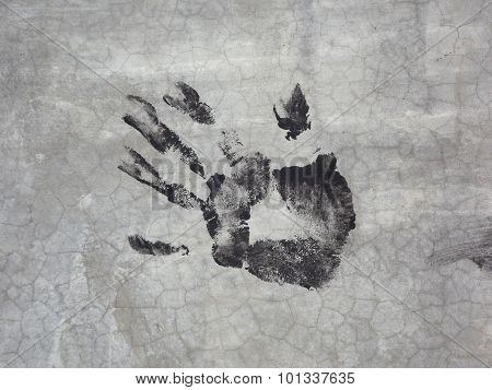 Imprint of left hand