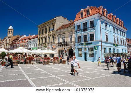 Usual day at Council Square, Brasov