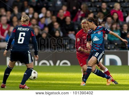 LONDON, ENGLAND. 26 MAY 2011 Lyon's midfielder Amandine Henry and Lyon's forward Lotta Schelin during the 2011UEFA Women's Champions League final between FFC Turbine Potsdam and Olympique Lyonaise
