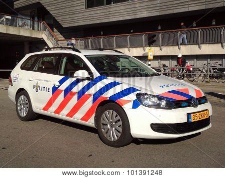 Dutch Police Van (Volkswagen Golf) - Nationale politie