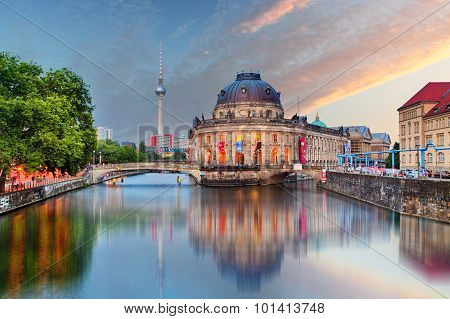 Berlin, Bode Museum With Reflection In Spree, Germany