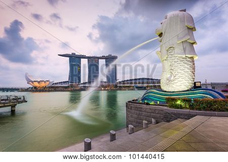 SINGAPORE - SEPTEMBER 6, 2015: The Merlion fountain at Marina Bay. The merlion is a marketing icon used as a mascot and national personification of Singapore.