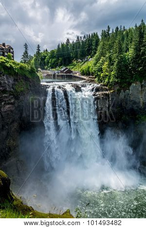 The Beautiful Snoqualmie Waterfall